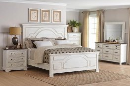 Traditional Vintage White E. King Bed