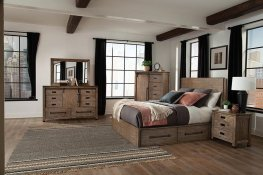 Meester Rustic Barn Door E. King Bed